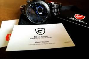 SHARK juodas ryškus japoniška širdim firminėje dėžutėje